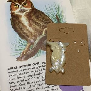 Vintage Mother of Pearl Owl Charm Pendant Shell
